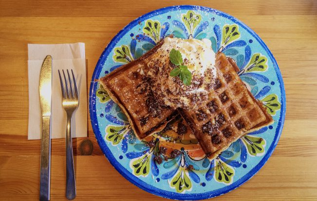 可愛いお店でサクふわワッフル「Funny's Waffle(ファニーズワッフル)」