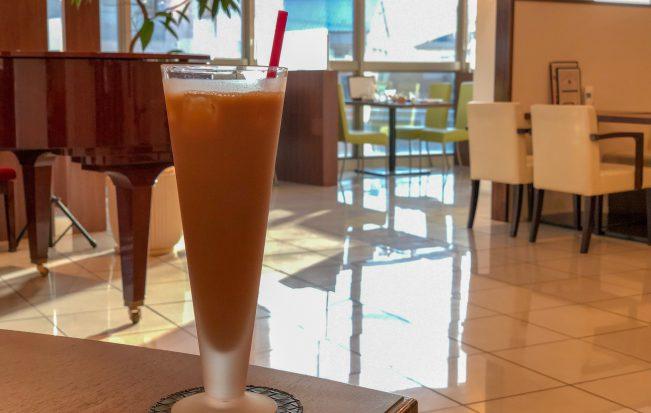 個室×WiFi×コンセント付き「三日月とカフェ 井門店」は居心地抜群。