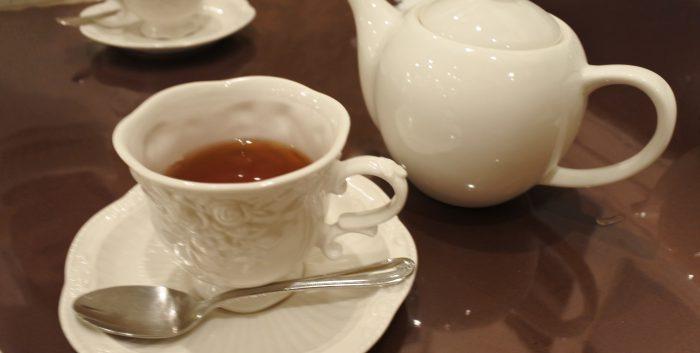 紅茶を飲んでほっと一息つきませんか?